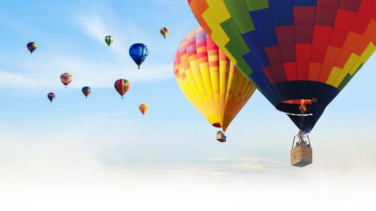Balóny na oblohe