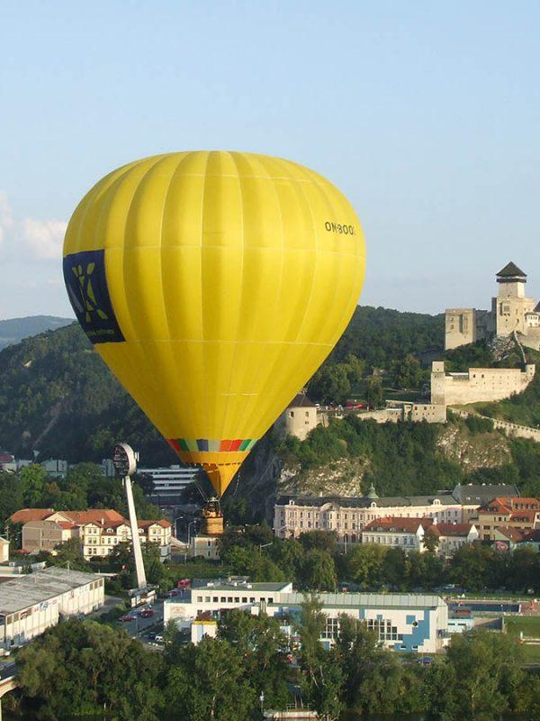 Balón v Trenčíne